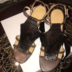 Nine West Snake Skin Brown and Black Sandals!